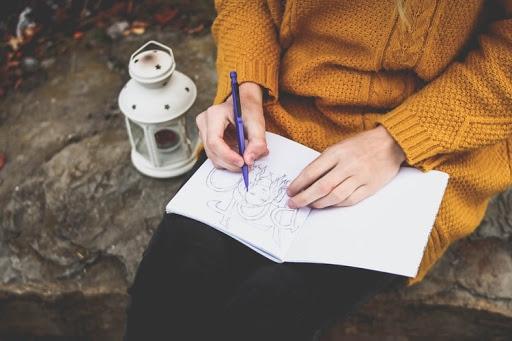 A rajzolás, mint kreatív technika fejleszti a kognitív gondolkodásunkat is.