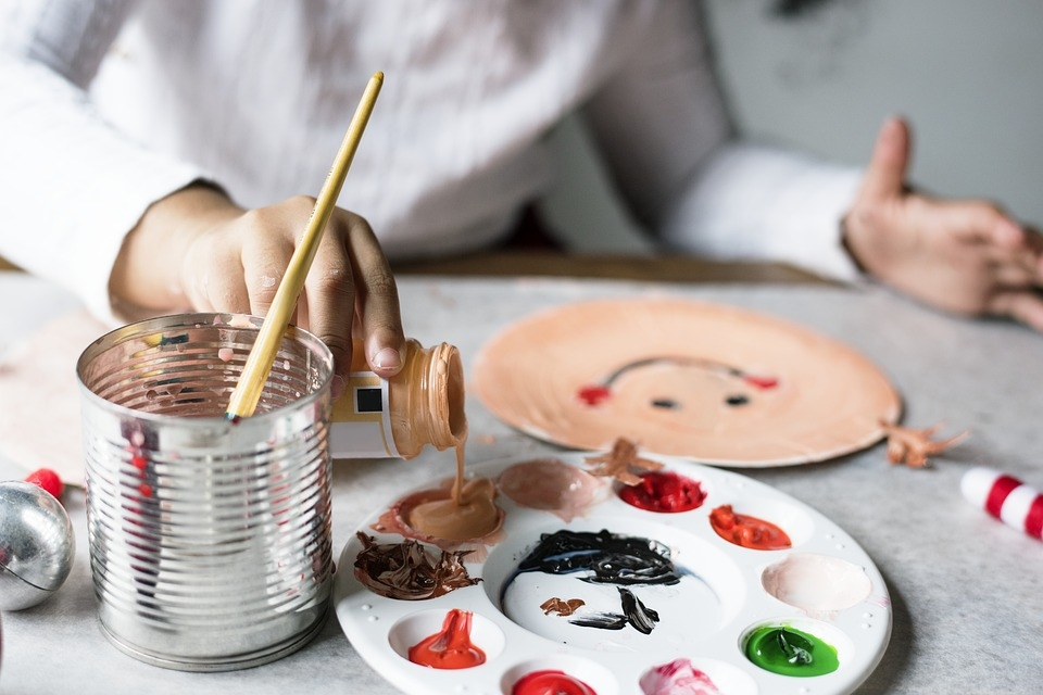 A festőpaletta is rendkívül népszerű festőkellék.