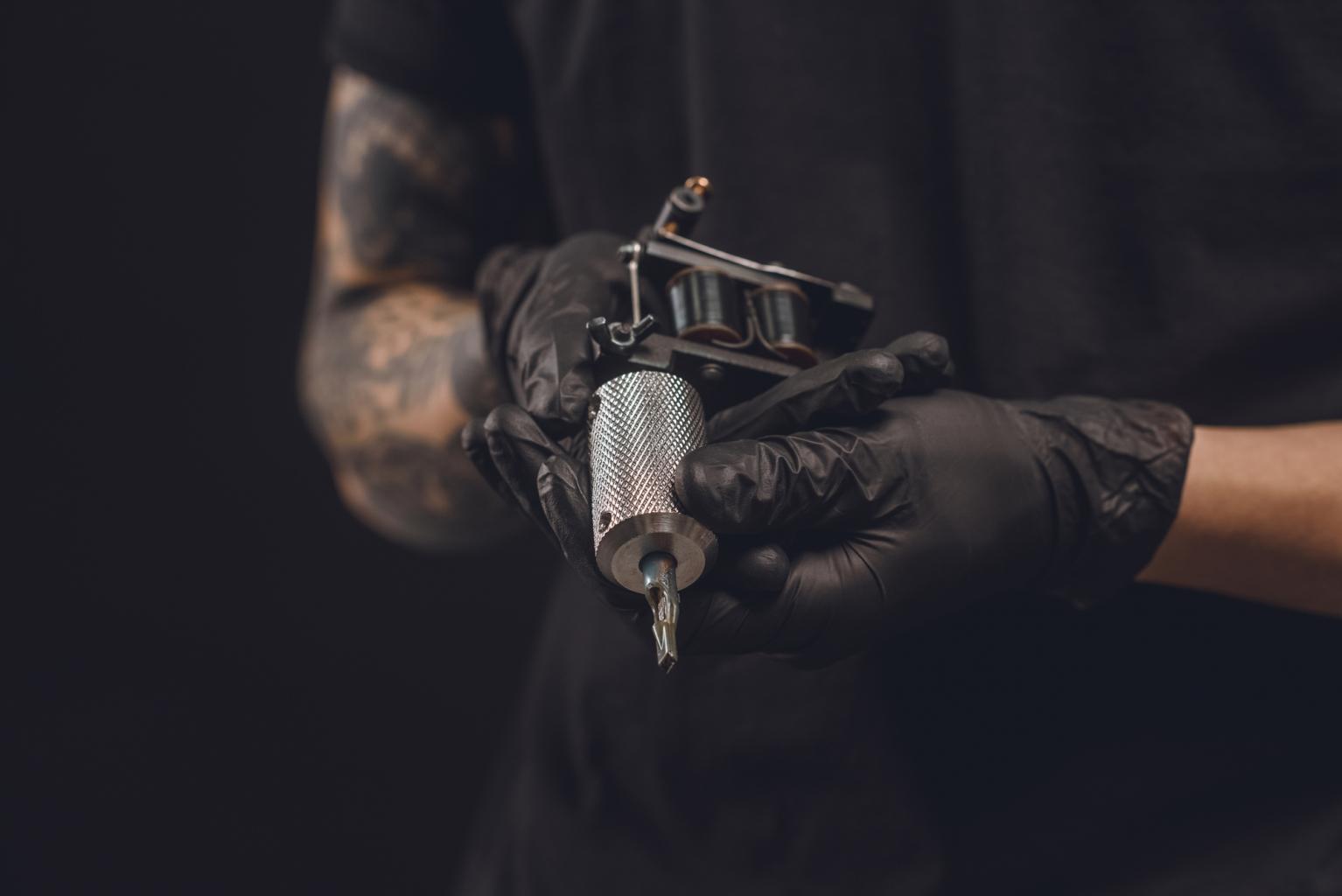 5+1 elképesztő tetoválás, amit műalkotások inspiráltak