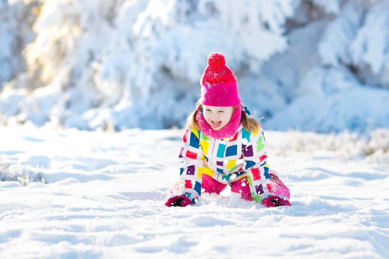 Téli műalkotások: a hó, mint vászon