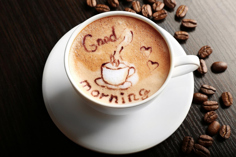 Koffein és művészet: engedd, hogy ízlelőbimbón csókoljon a latte art!