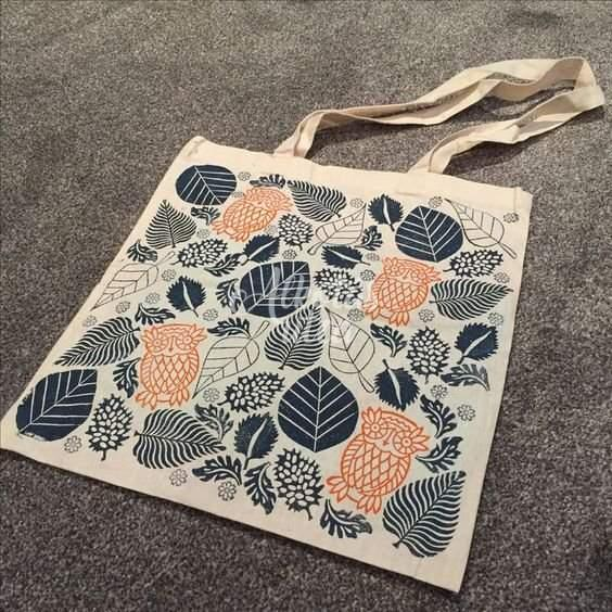 Leaves and flowers bag painting